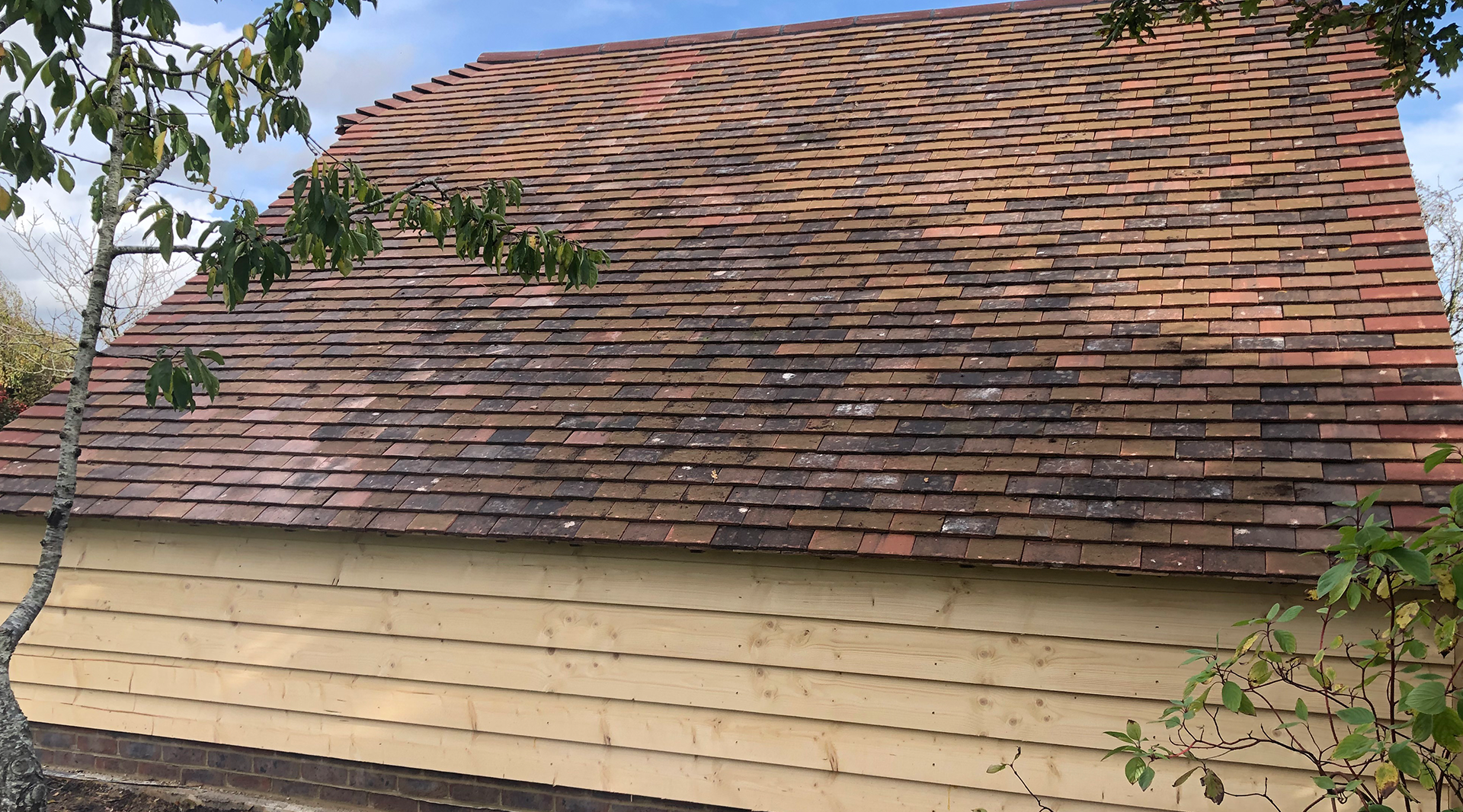 Plain Cart Lodge Roof Tiles kent roofing rochester medway kent